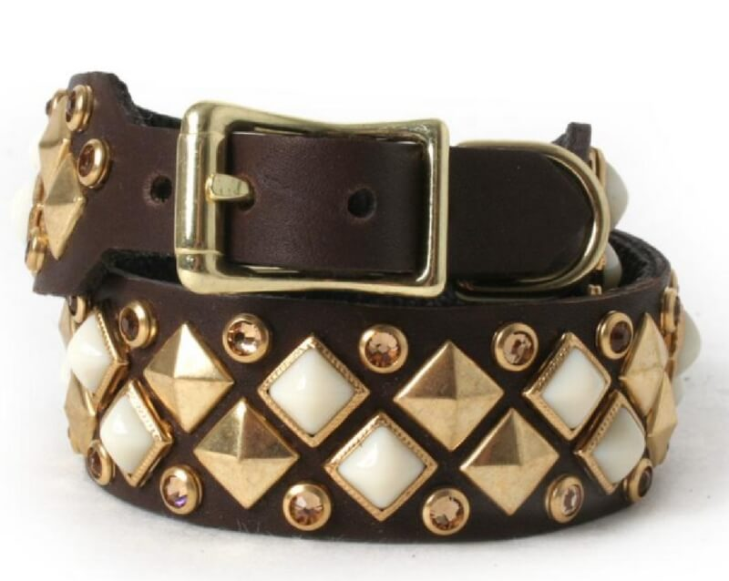 chocolate-leather-dog-collar