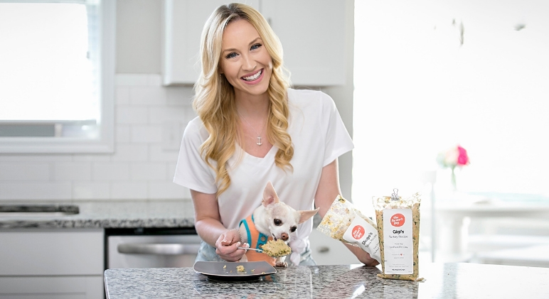 Since ditching kibble and filling my pups' food bowls with fresh food, I've noticed major changes. Find out why I'm an advocate for feeding fresh!